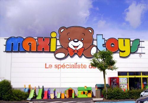 Maxi Toys se gaseste si in Plaza Romania
