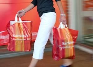 UK: Argos deschide outleturi in supermarketurile Sainsbury