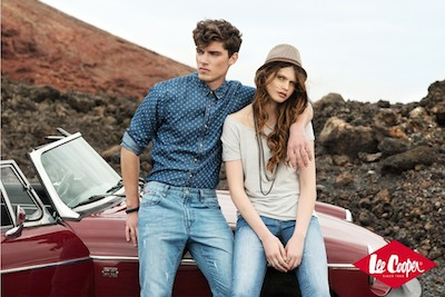 Blue is back, noua colectie de la Lee Cooper