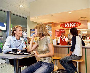 Benzinariile OMV au schimbat aroma cafelei Viva
