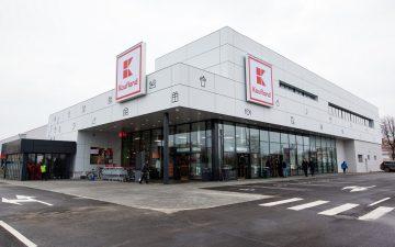 Magazinele Kaufland, dezinfectate din oră în oră